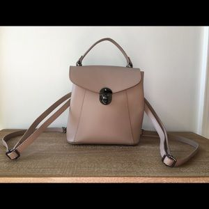 Luana Ferracuti leather backpack